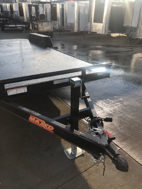 2019 MAXXD 83X20 C5X CAR HAULER Flatbed Trailer