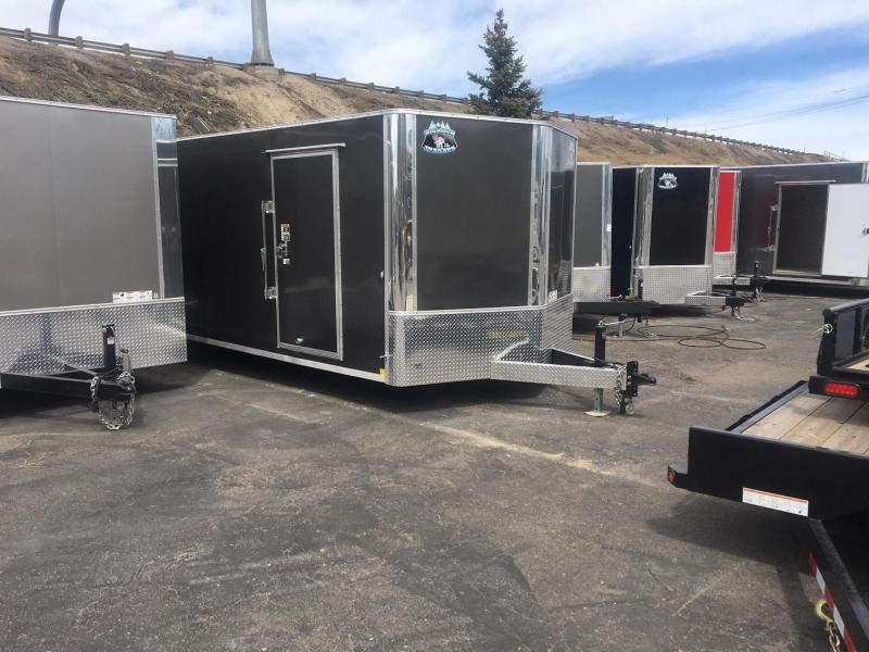 2020 R&M 8.5x24 v-nose 10k (TAC) Car / Racing Trailer-Wheat Ridge