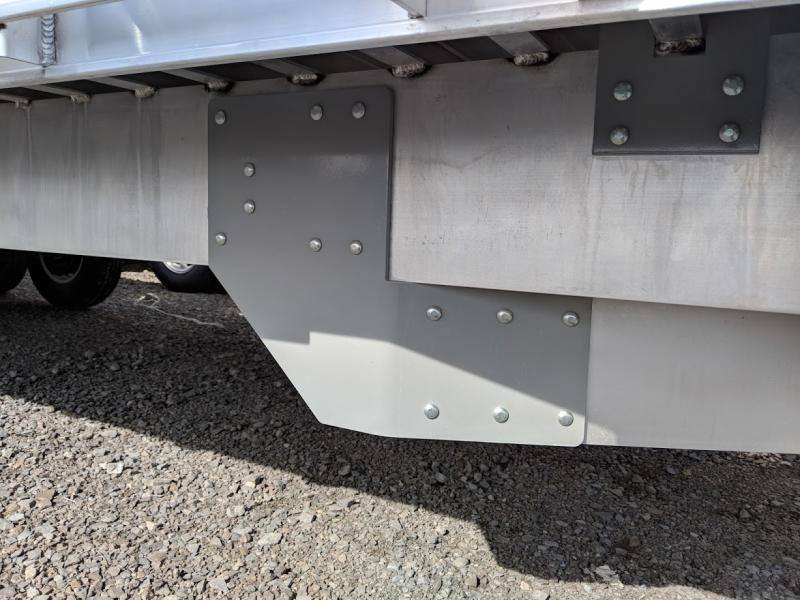 """2019 Eby 24'6"""" Deck Over Tradesman"""