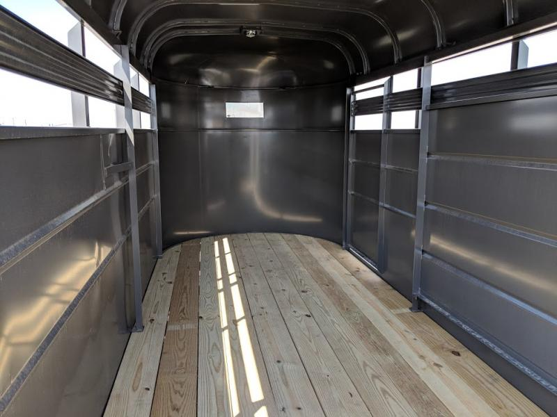 2019 Valley 16' Bp Livestock Trailer