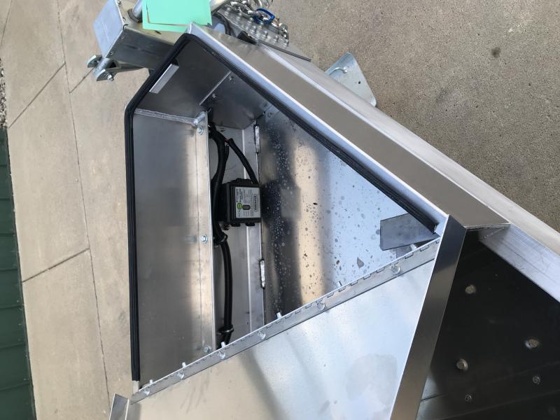 "2019 M.h. Eby 8.5' X 24'6"" 14k Deckover - Tradesman"