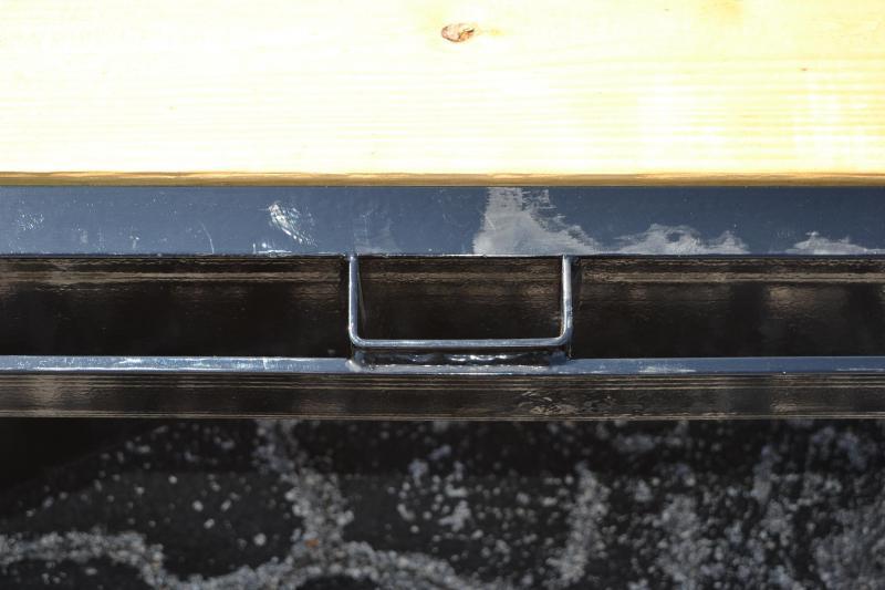 7x16 Lamar Trailers   CLASSIC DECK CAR HAULER