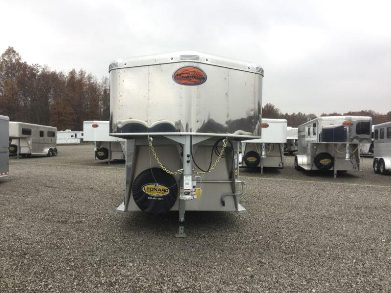 2017 Sundowner Trailers 3H SUPER SPORT GN Horse Trailer