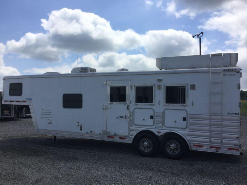 2013 Kiefer Built XT310LQ Horse Trailer