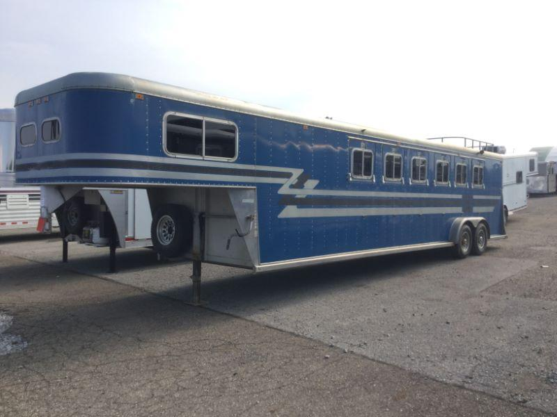 1988 Sooner Trailers SS600 Horse Trailer