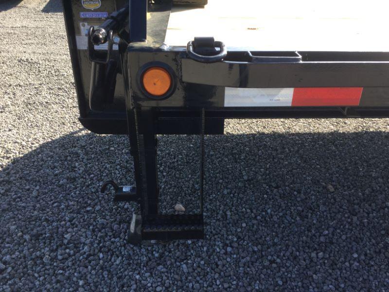 2016 Load Trail GH102X2522KGN Equipment Trailer