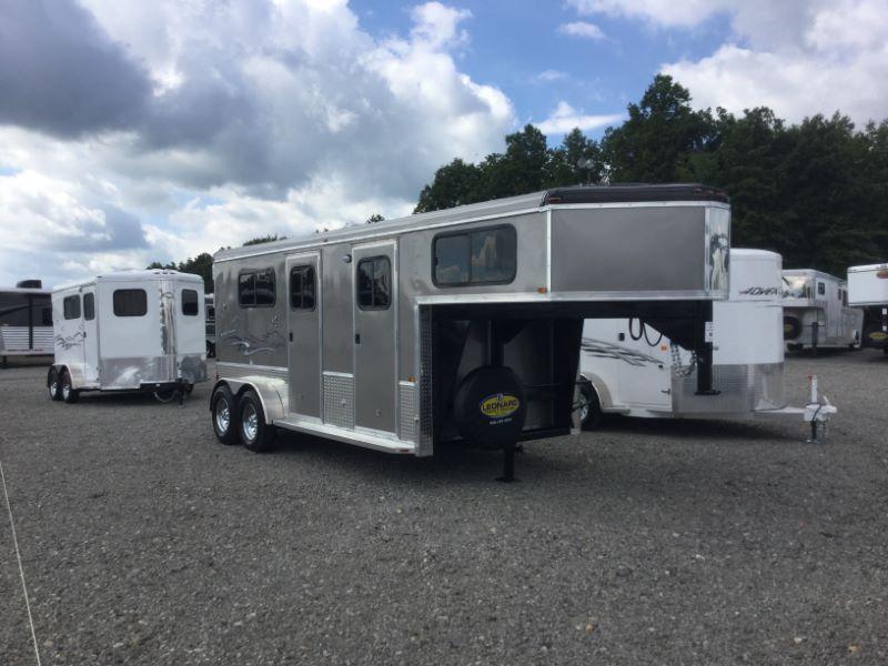2017 Homesteader 214FG Horse Trailer