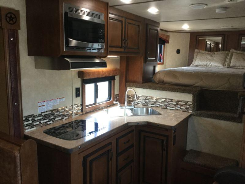 2018 Bison Trailers 8314RG Horse Trailer