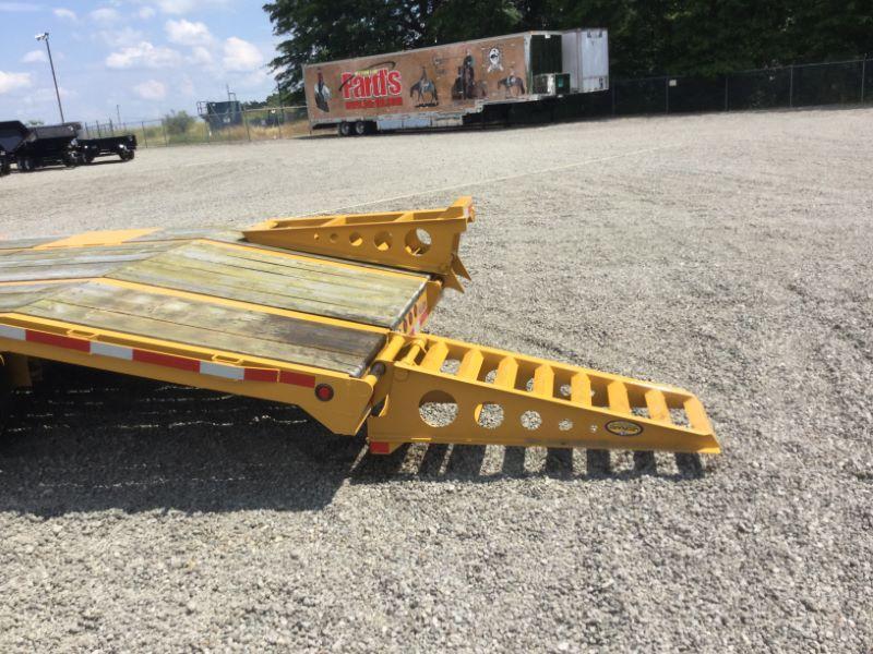 2017 Winston AP21025EL Equipment Trailer