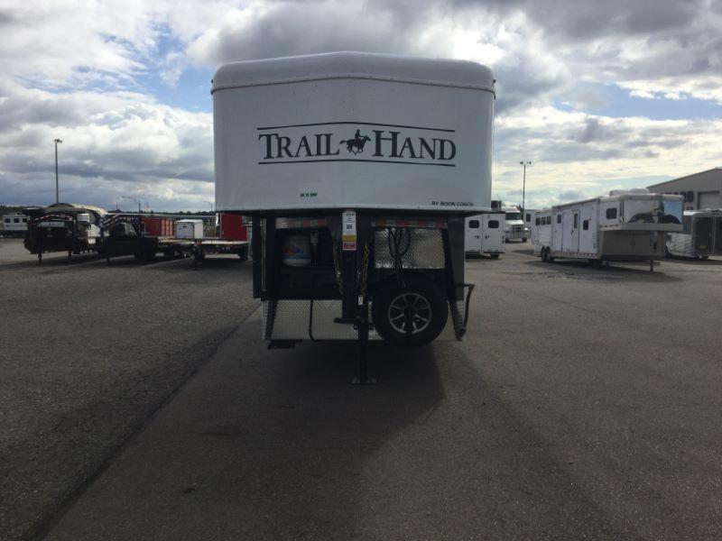 2018 Bison Trailers 7306THS Horse Trailer