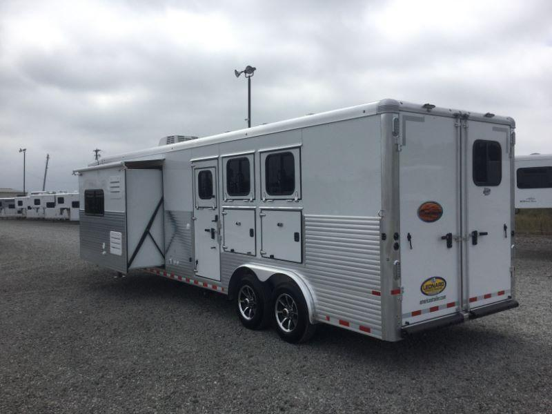 2017 Sundowner Trailers RS8314SL Horse Trailer