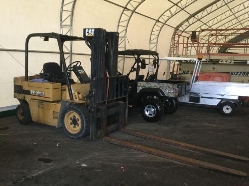 1994 Caterpillar VC60E Truck Beds and Equipment