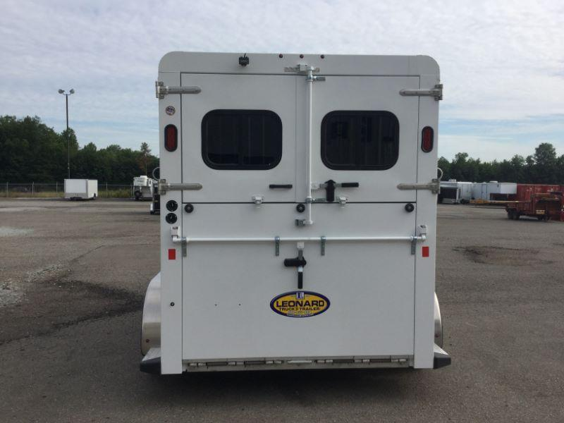 2017 Trails West Manufacturing RST20RP-D Horse Trailer