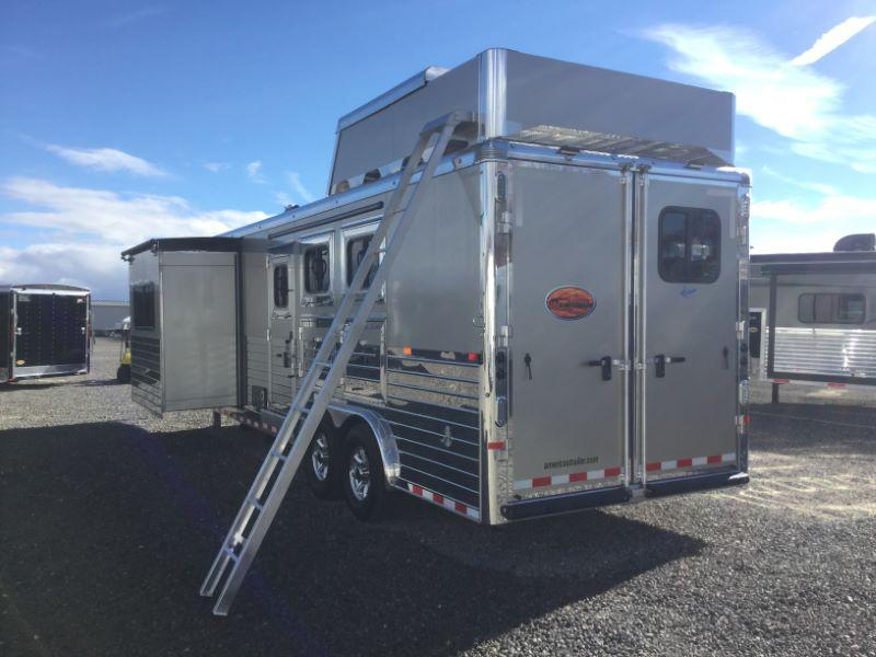 2017 Sundowner Trailers 3H HORIZON SE8012LQ-SL Horse Trailer