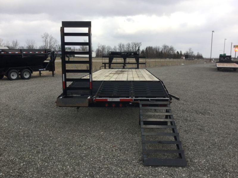 2015 Appalachian FG-8K-25CGP Equipment Trailer