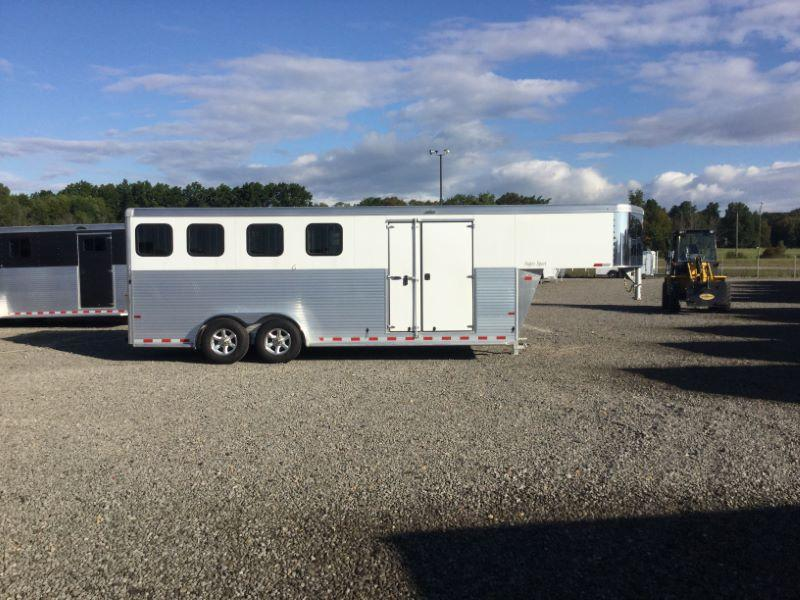 2017 Sundowner Trailers 4H SUPER SPORT GN Horse Trailer