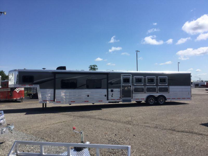2018 Bison Trailers 8417PRRSL Horse Trailer