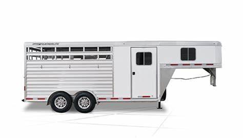 2018 Featherlite 9751 Horse Trailer
