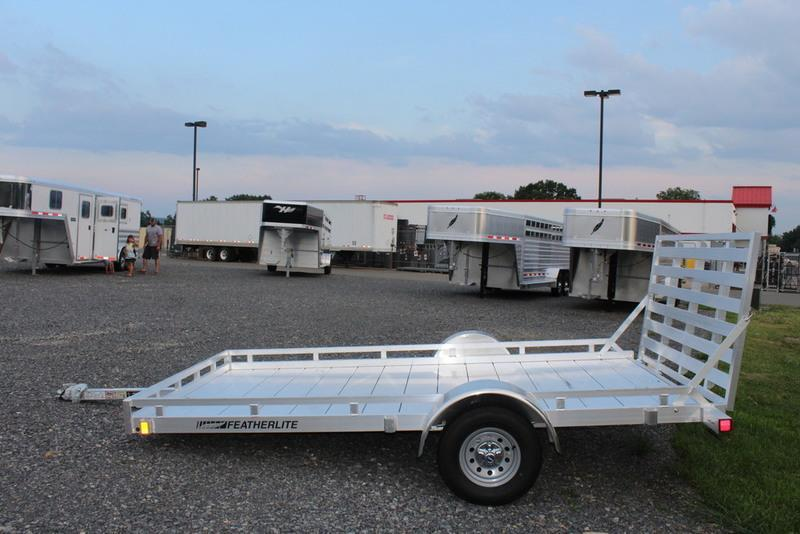 2017 Featherlite Trailers 1693 12'