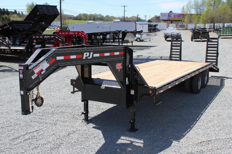 2019 PJ Trailers 26 FD Gooseneck  w/ Flip Over Ramps