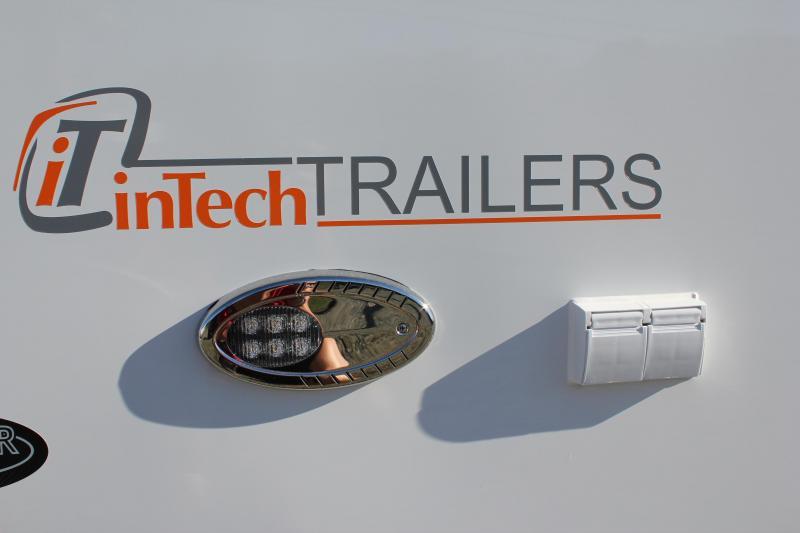 2017 inTech 8.5 x 30 ALUMINUM FRAME LOADED w/ Observation Deck