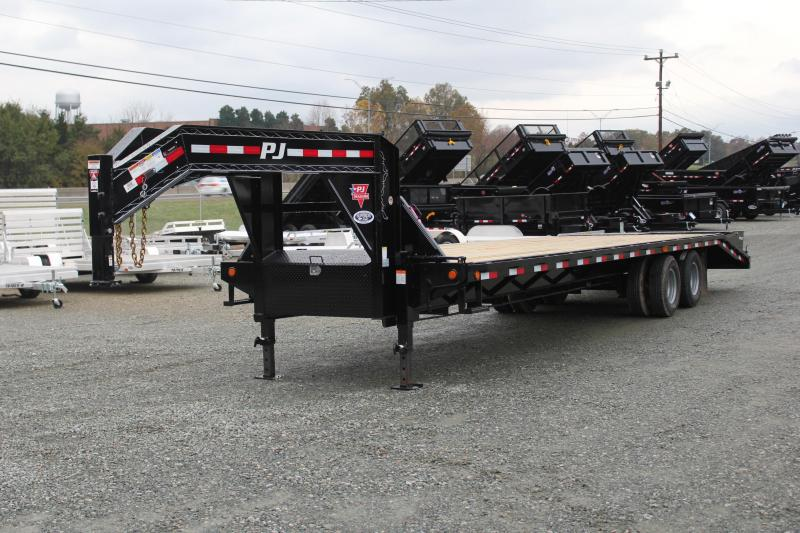 2019 PJ Trailers 32 FD Gooseneck  w/ Monster Ramps