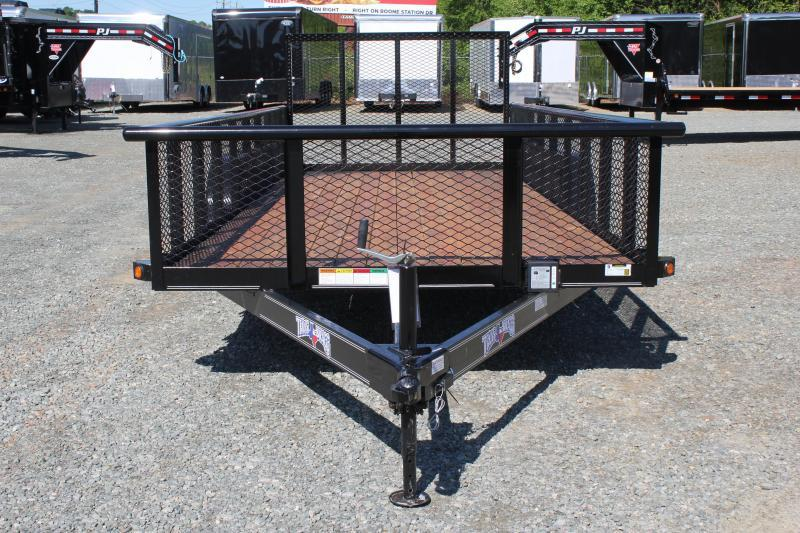 2019 Texas Bragg Trailers 18P 2ft Expanded Sides and Gate