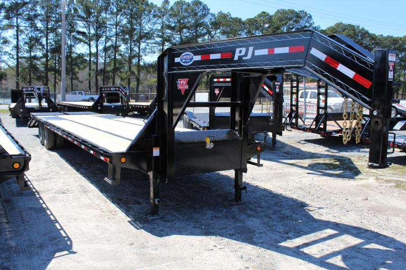 2019 PJ Trailers 35ft LD 25K GN w/ Monster Ramps