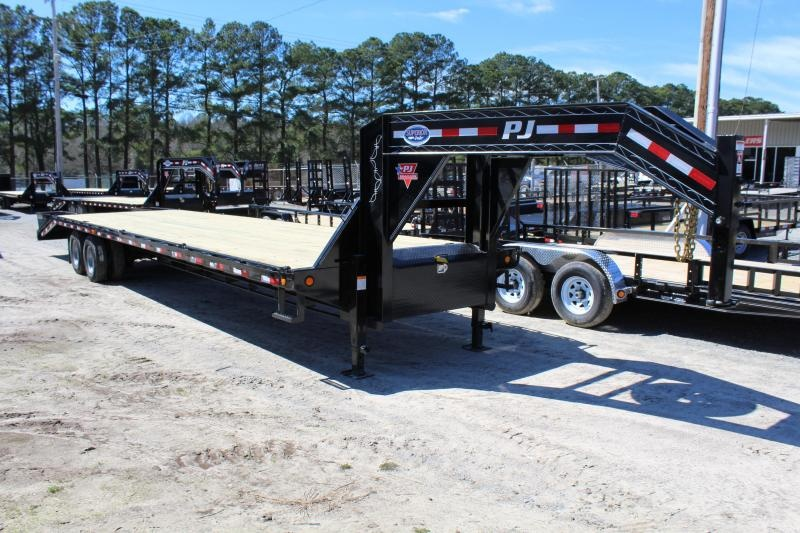 2020 PJ Trailers 36ft FD 25K Equipment Trailer w/Flip-over Ramps