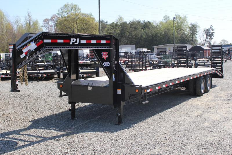2019 PJ Trailers 32 FD Gooseneck  w/ Flip Over Ramps