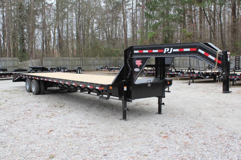 2019 PJ Trailers 36ft FD 24K Equipment Trailer w/Flip-over Ramps