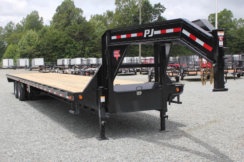 2019 PJ 40 FD Gooseneck w/ Air Ride & 8' Slide In Ramps