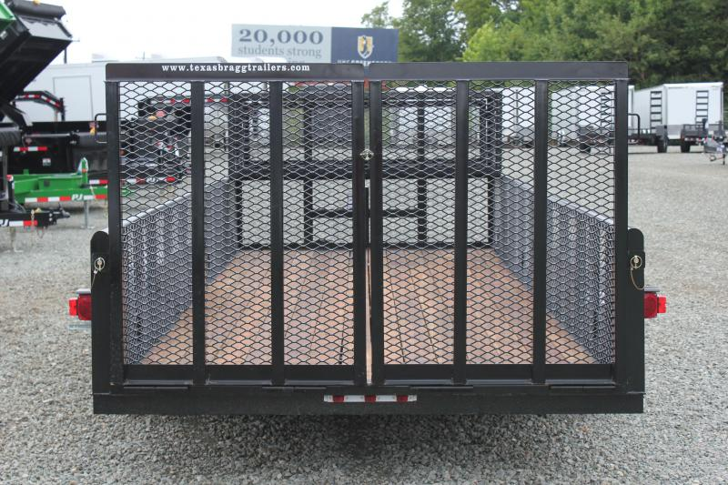 2018 Texas Bragg 18P 2ft Expanded Sides 2x2 Box w/ Split Gate