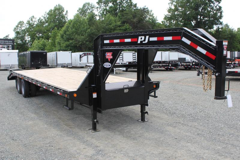 2019 PJ Trailers 30 FD Gooseneck  w/ Flip Over Ramps