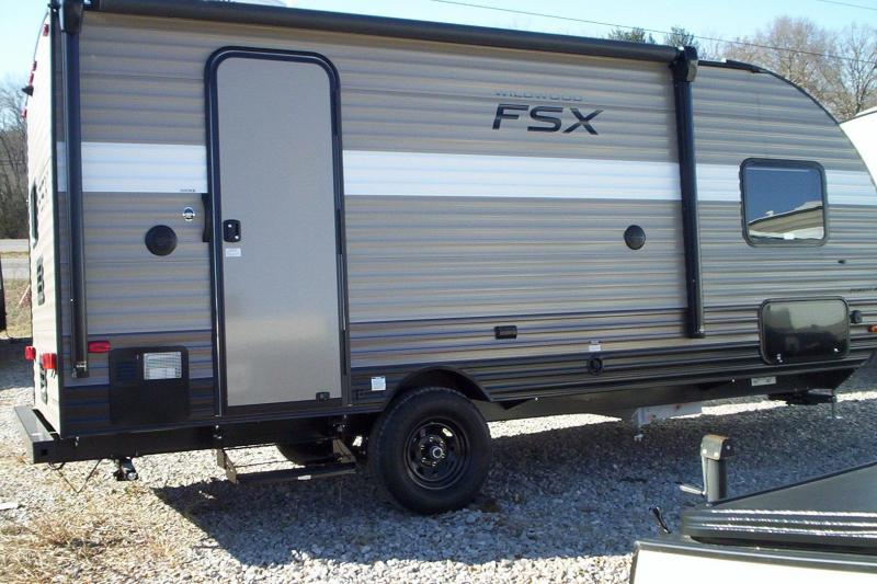 2018 Wildwood Fsx 200rk Travel Trailer Keller Trailers Cargo And Camper Trailers For Sale In