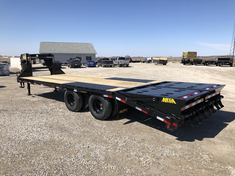New Big Tex 25' Gooseneck 23900#