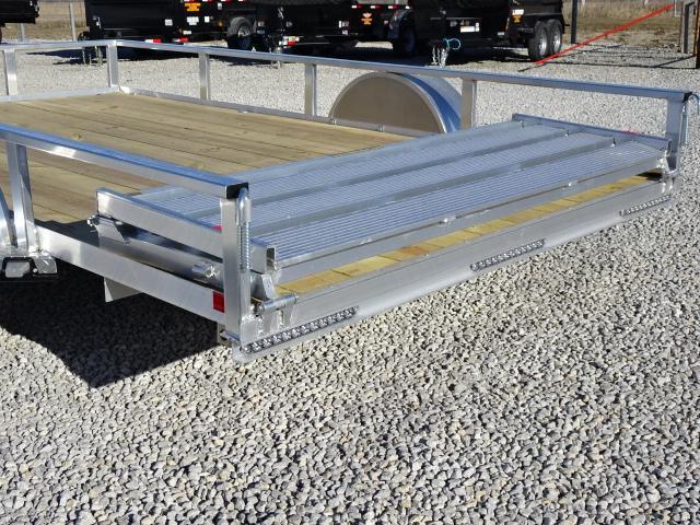 """New H&H Aluminum 82""""x12' W/ Bi-Fold Gate"""
