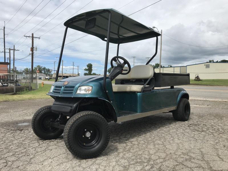 2006 E-Z-GO Ruff and Tuff Golf Cart