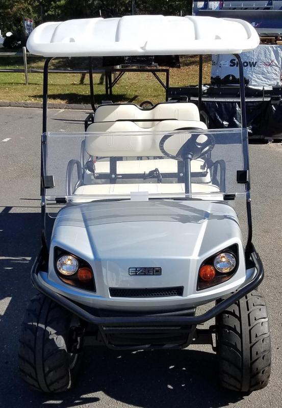 2017 E-Z-Go Express S6 (Gas) Golf Cart