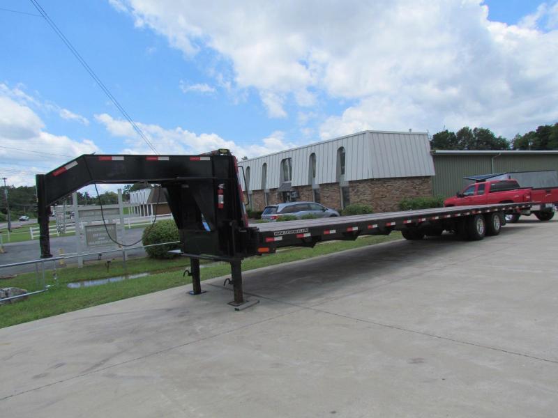 2018 Gatormade Trailers GN 24.9K 40' Freight Hotshot Flatbed Trailer