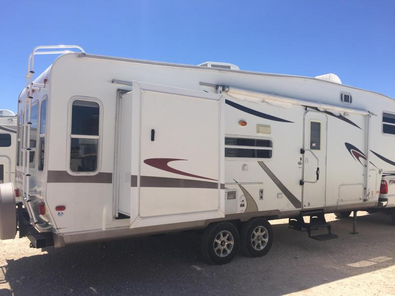 2007 Forest River Inc. Rockwood Signature Travel Trailer
