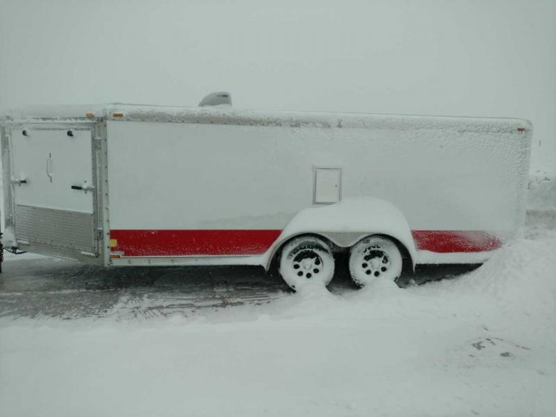 2004 Forest River Inc. 7X22  DRIVE ON DRIVE OFF Snowmobile Trailer
