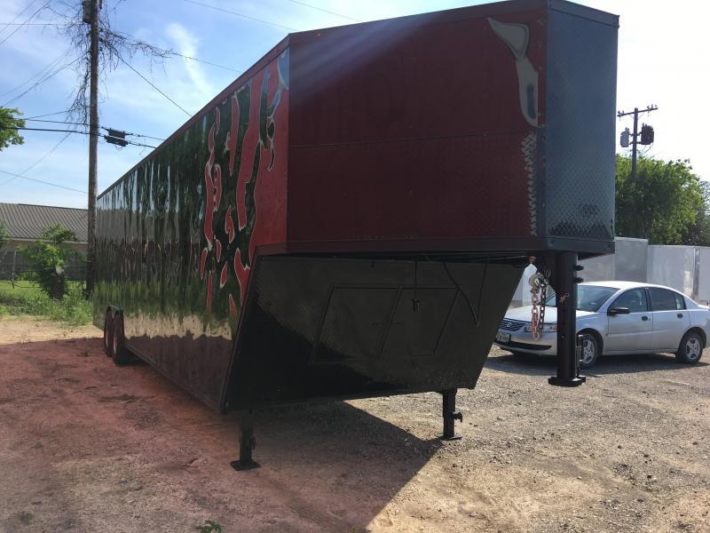 2018 8.5X34TA Gooseneck Enclosed Cargo Trailer in TX