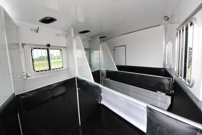2014 Sundowner Trailers 3HR GN 16 LQ w/slide out Horse Trailer