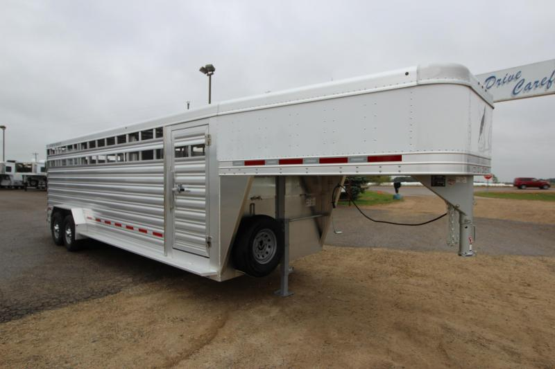 2019 Featherlite 8127 24 GN Livestock Trailer