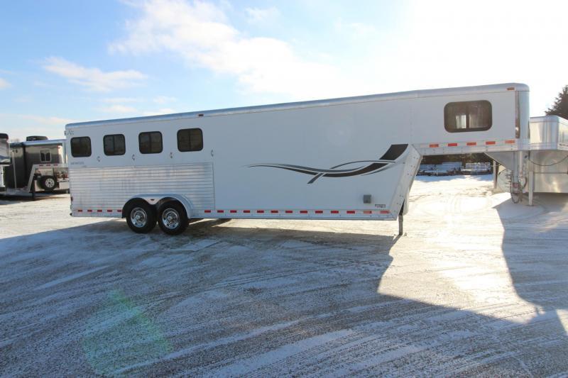 2001 Kiefer Built 4HR GN Weekender Horse Trailer