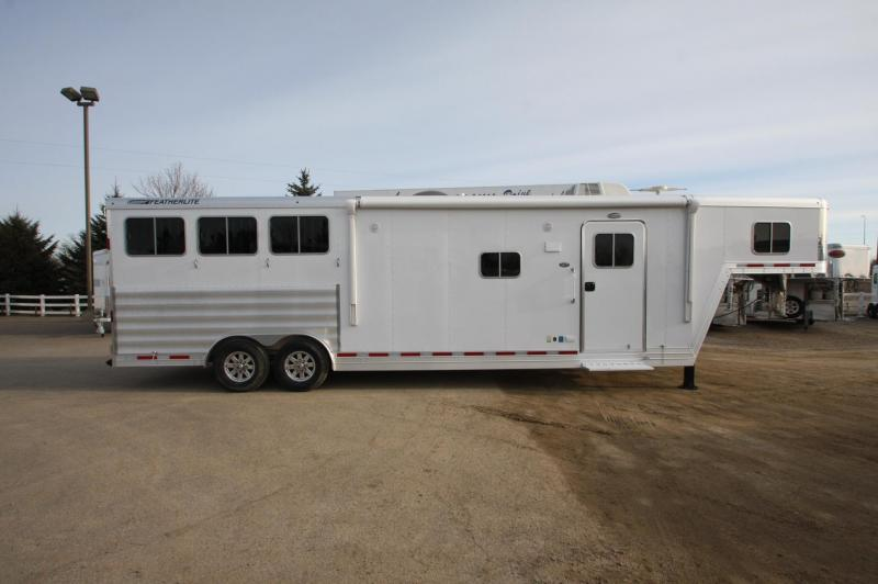 2016 Featherlite 3HR 13 LQ Horse Trailer