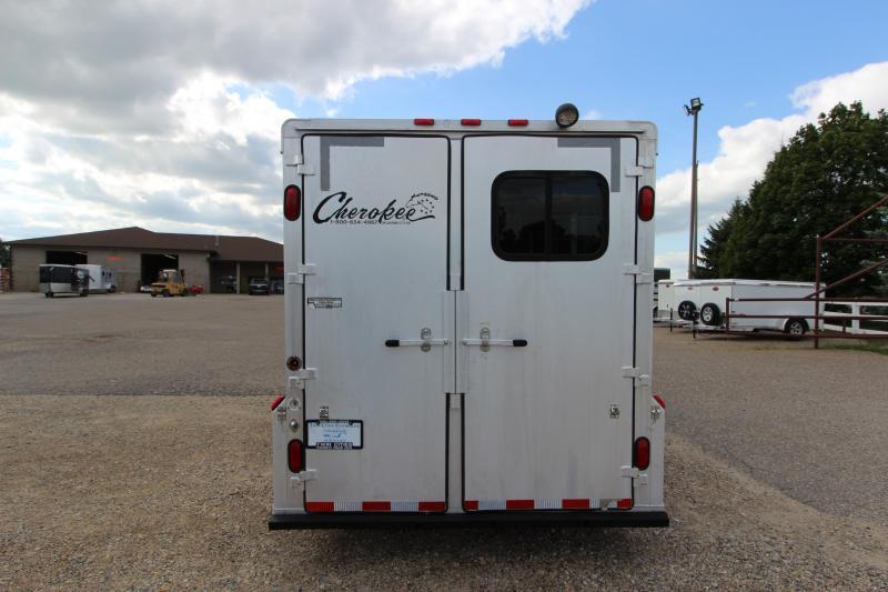 2004 Cherokee 4HR GN 8' LQ Horse Trailer