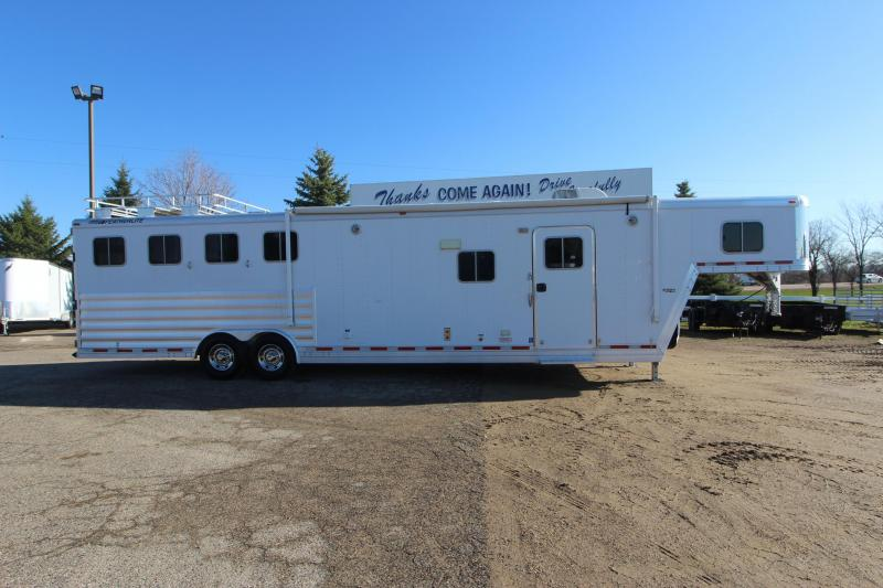 2008 Featherlite 4HR 14.5 LQ Slide Horse Trailer