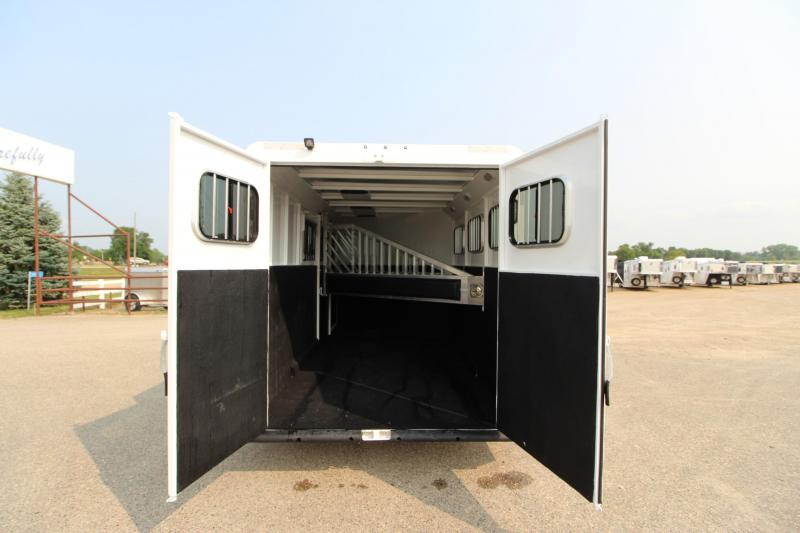 2019 Trails West Manufacturing 3HR GN 5 DR Horse Trailer